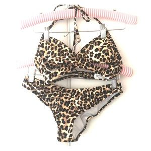 Victoria's Secret Leopard print bikini like new